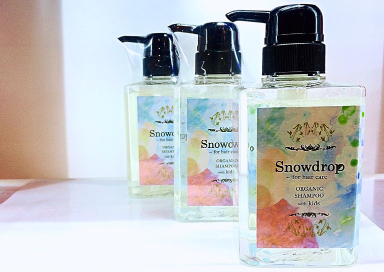 Snowdrop ORGANIC SHANPOO with kids