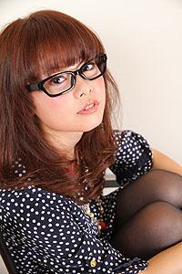 大人のメガネ女子