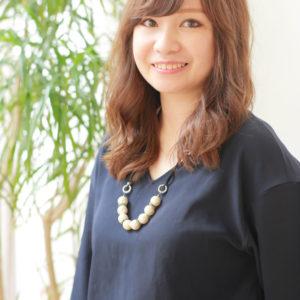 京都好き美容師、滝井瑠美子のプロフィール写真
